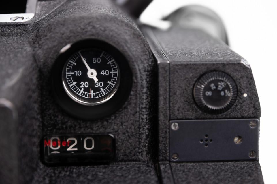 Arriflex 16BL - 18.jpg