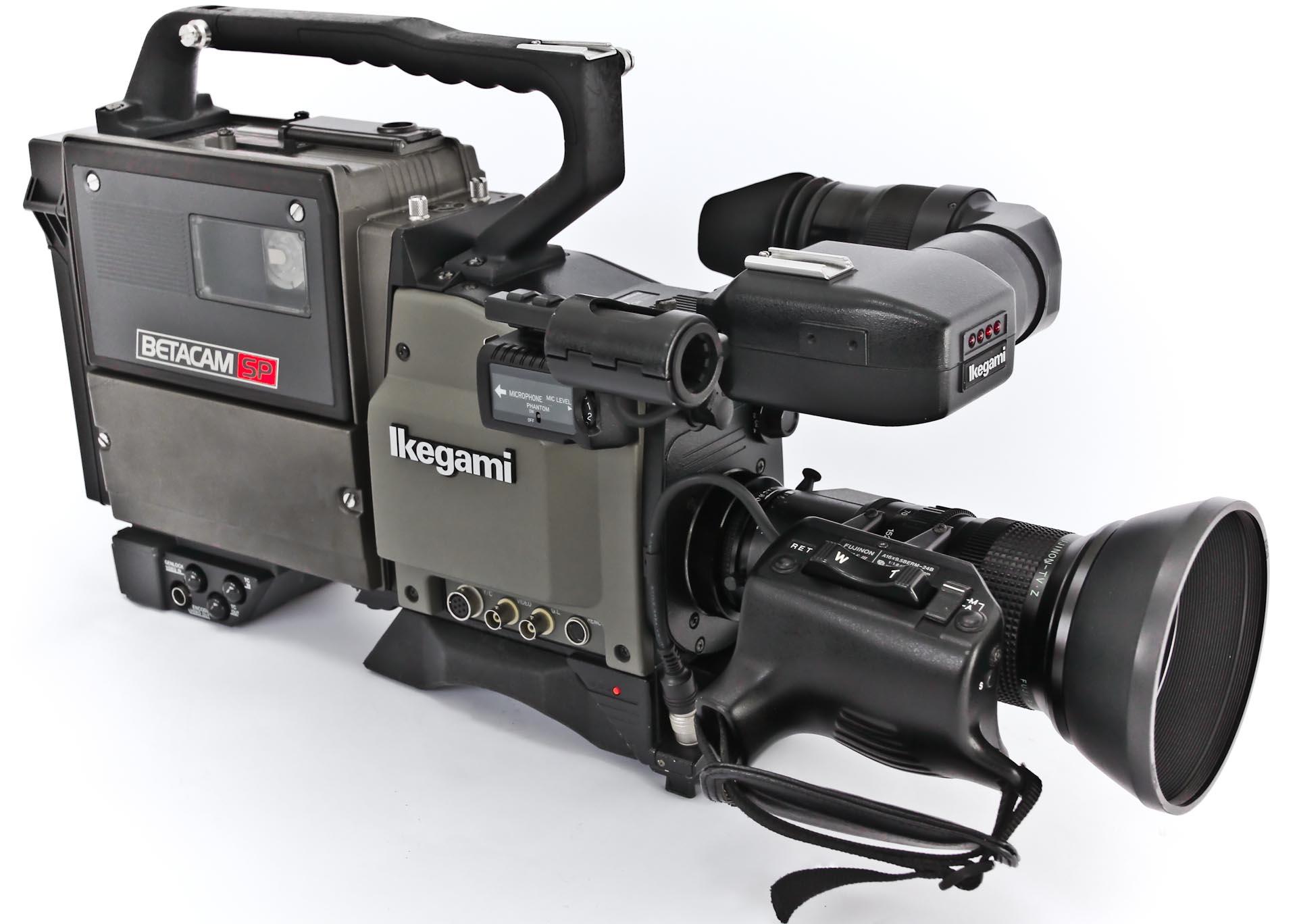 Ikegami HC -390P Sony - BVV-5P -   (9 von 9)