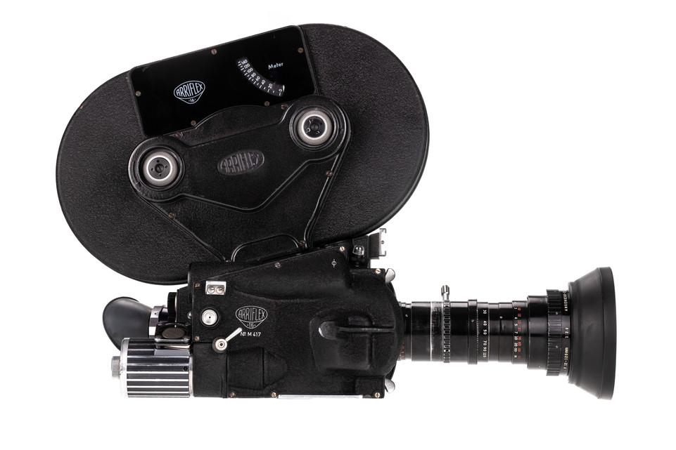Arriflex 16M - 3.jpg