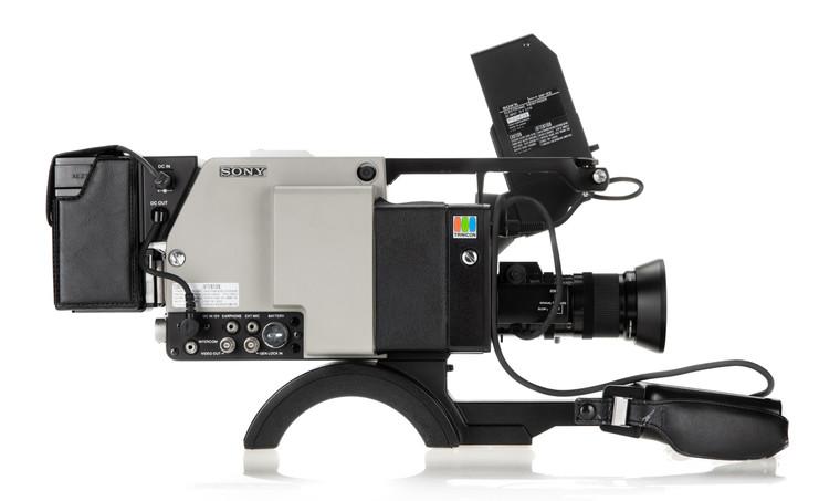 Sony DXC-1800P - 3.jpg
