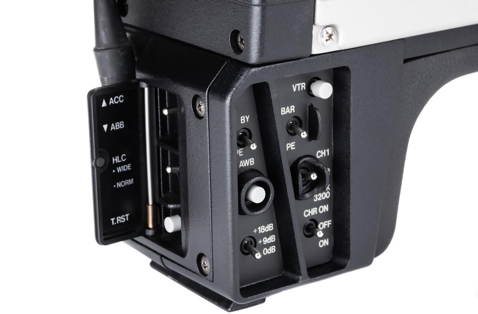Ikegami ITC-735 - 9.jpg
