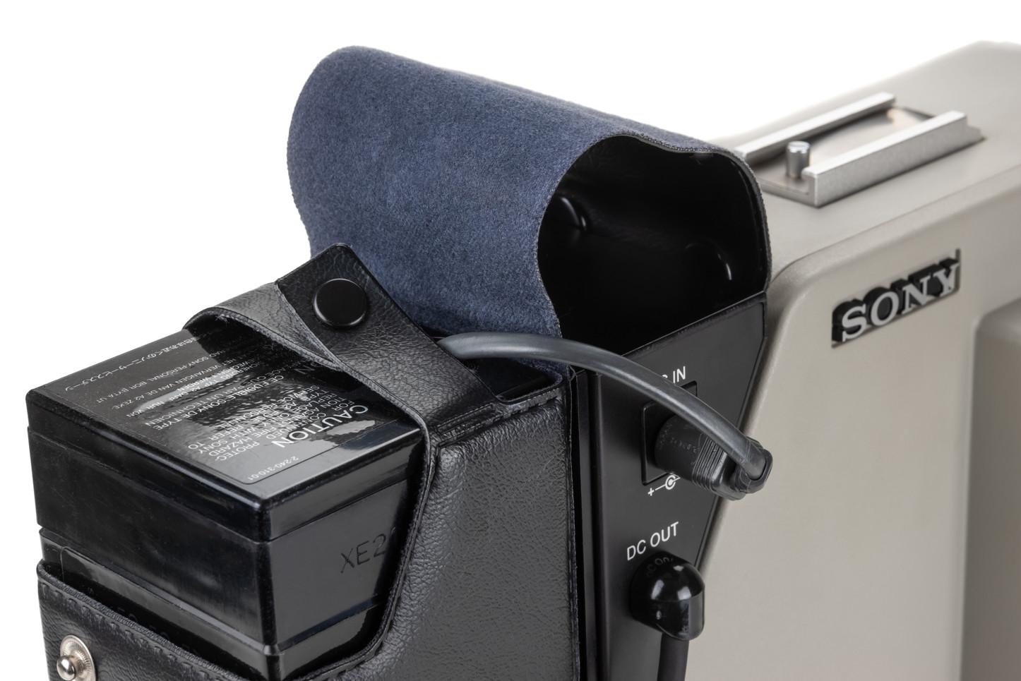 Sony DXC-1800P - 4.jpg
