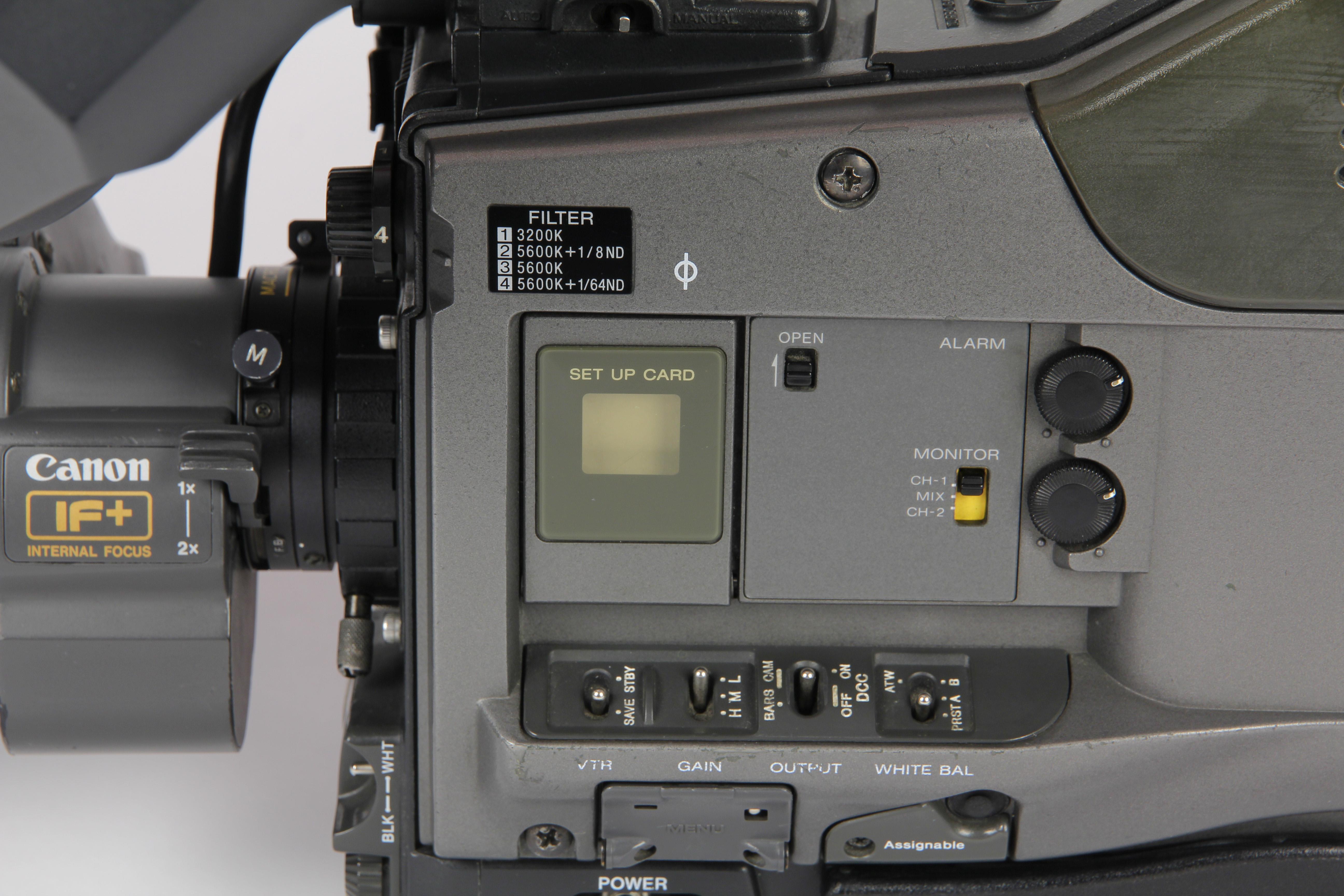 SONY DVW-700P - 1