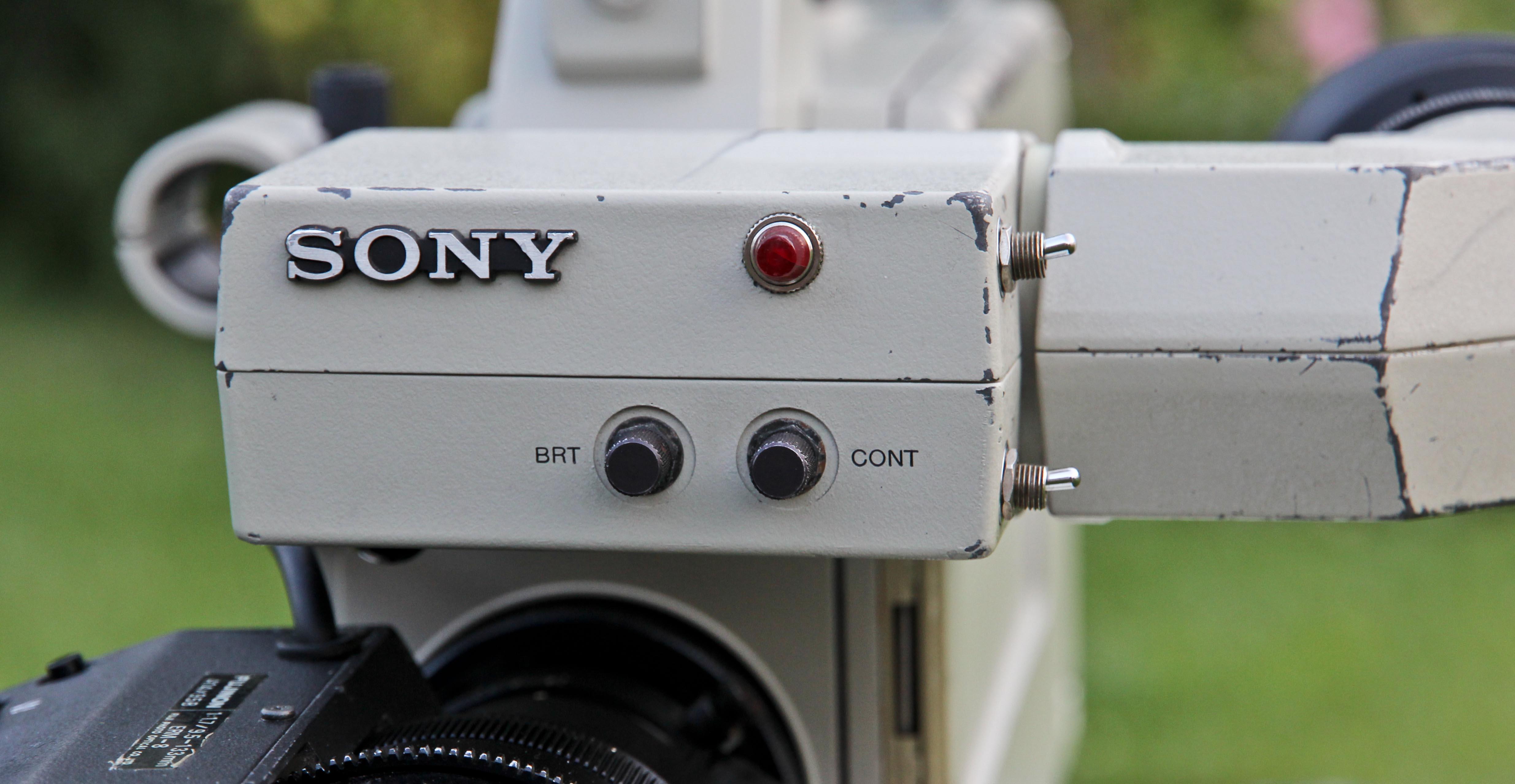 Sony BVP-330P -  (10 von 24)