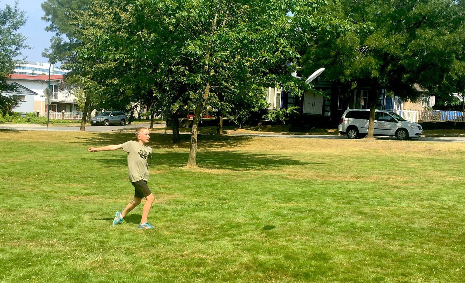 frisbee-fun-2825.JPG