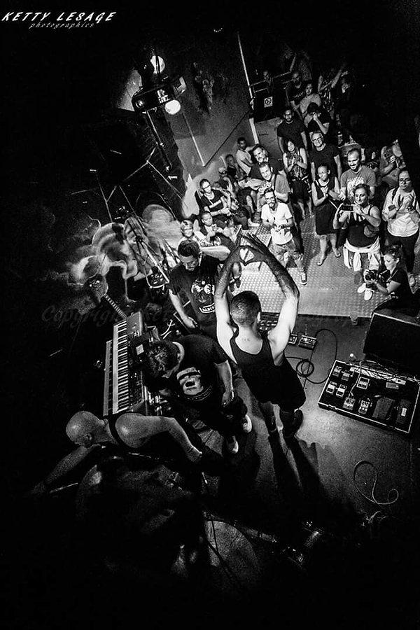 ALBATTOR thank you feat Ex'Odd @ Café Julien by Ketty Lesage batteur marseille espace julien scène concert rock progressif progressive rock albangautier