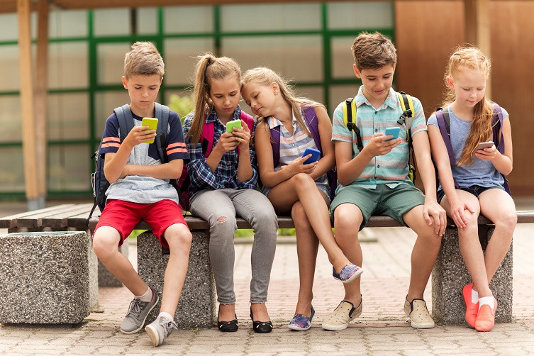 siber güvenlik şirketi çocuklar için uyarı yaptı