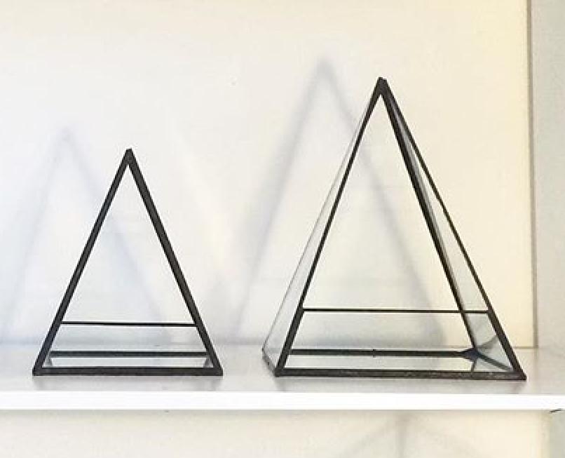 üçgen teraryum
