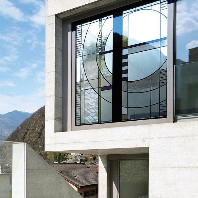 Modern çizgiler  #vitray #mimar #vitraya