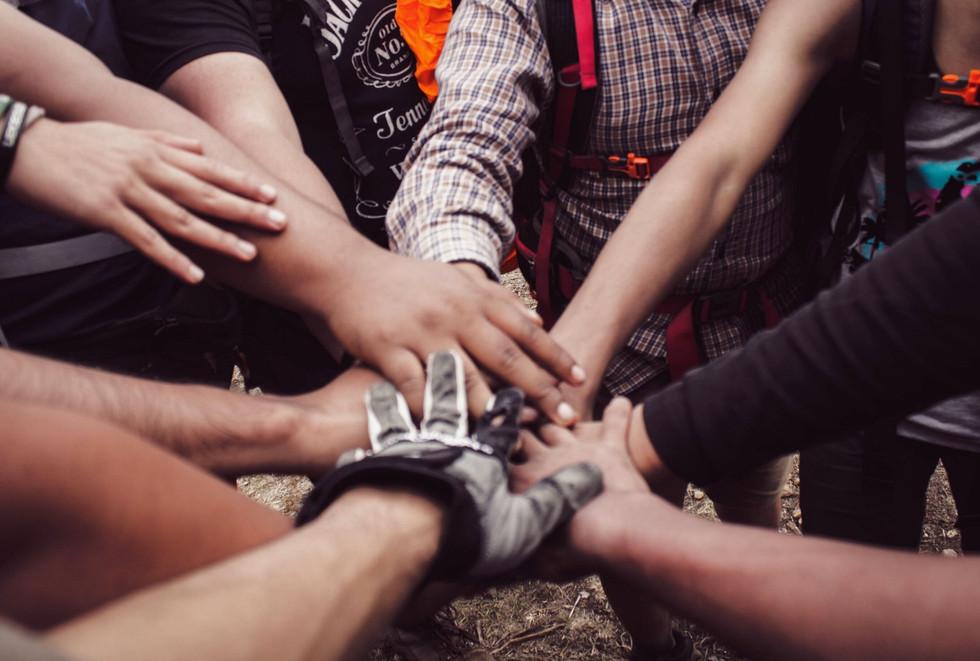 organisateur d'événement - team building loire st etienne auvergne rhone alpes lyon - agence événementielle créative erika v - cohésion d'équipe