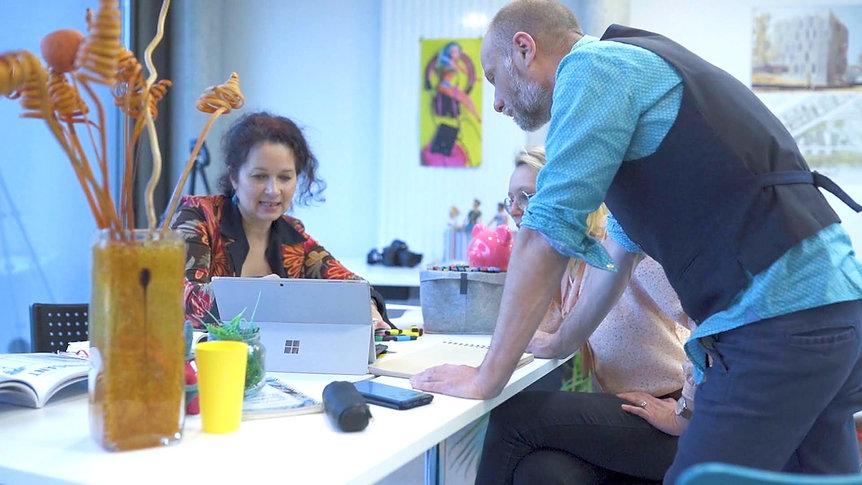 Erika V agence événementielle créative promotion vidéo agence loire st etienne lyon