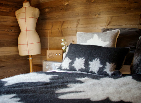 How to add some autumn cosiness to your bedroom.