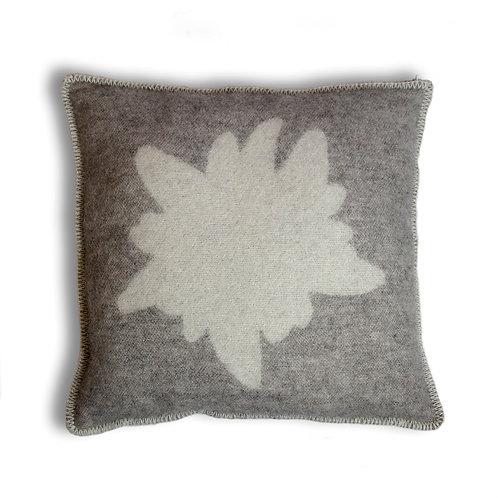 Edelweiss cushion 50x50