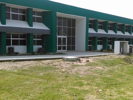 Construcción de Unidad Académica