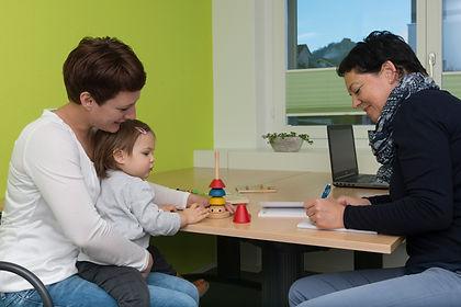 Die Mütter-/Väterberatung der Spitex Nidwalden begleitet Sie gerne in der Rolle als Eltern.