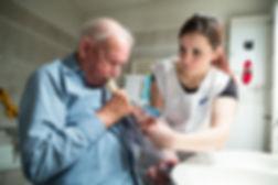 Spitex-Fachpersonen pflegen und beraten in Ihrem Zuhause.