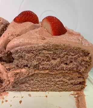 strawberry cake:icing.jpg