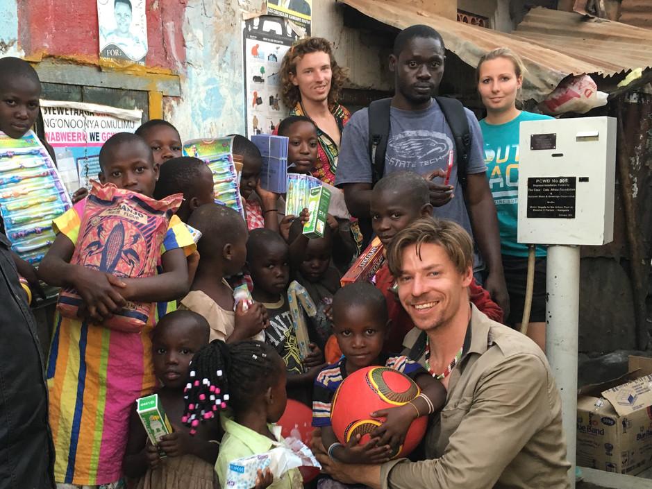 1 mama & 29 kids on 29 sqm, Real Life Children's Initiative 2/3
