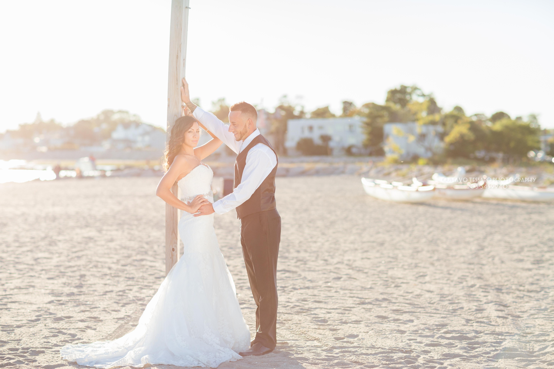 Wedding bride and groom, beach
