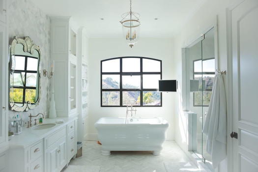 Bring your ideas, and we'll design your dream bath.