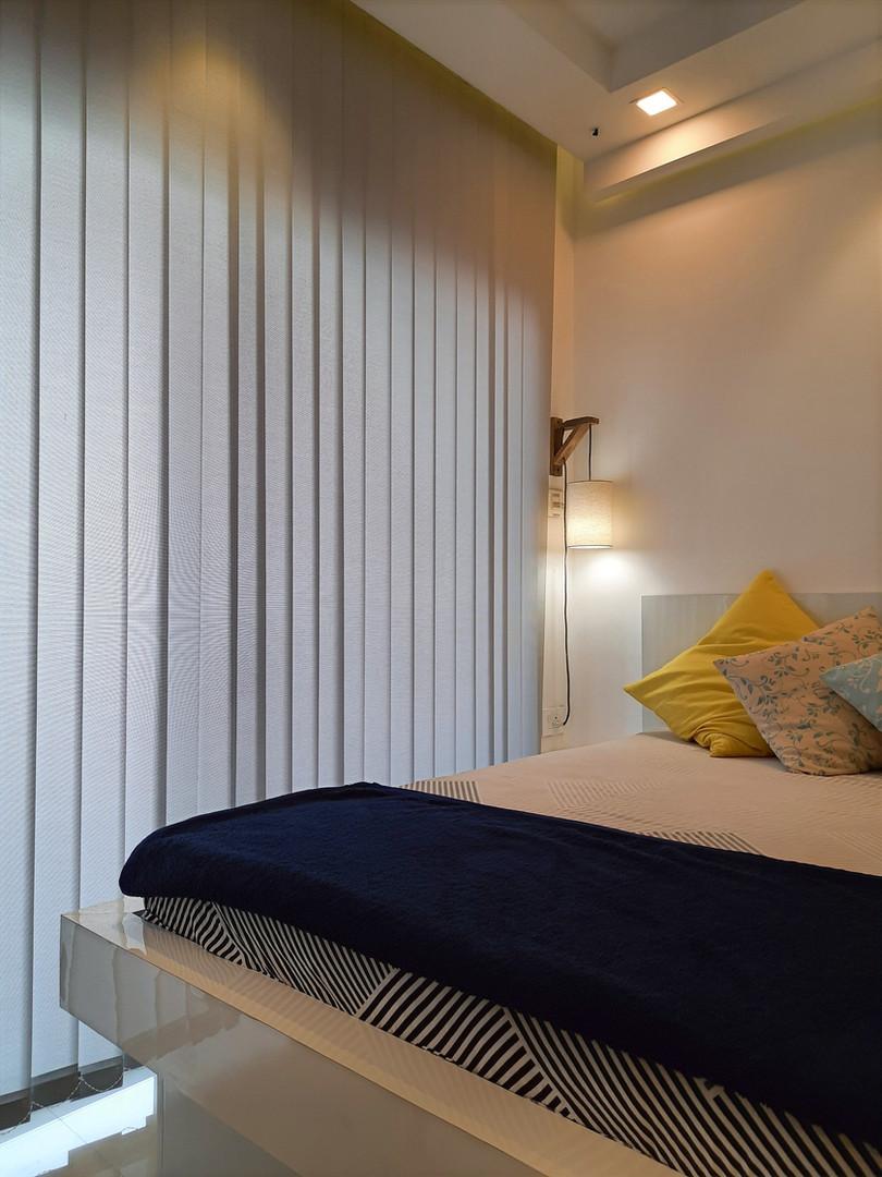 Bed side corner