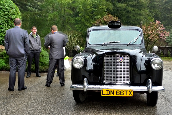 Groom and Taxi