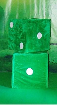 Оформление тканью, шариками