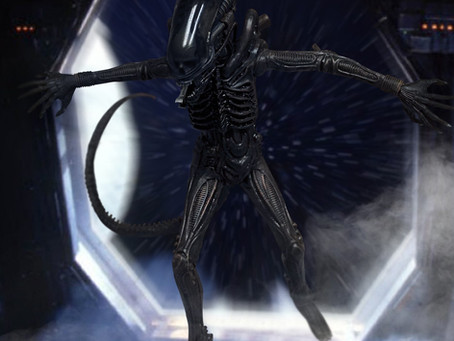 """Mezco:  """"The Perfect Organism"""" One:12 Collective Alien figure available for pre-order."""