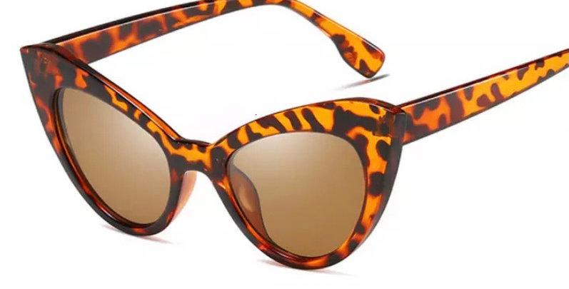 Oversized Cats Eye Sunglasses - Tortoiseshell