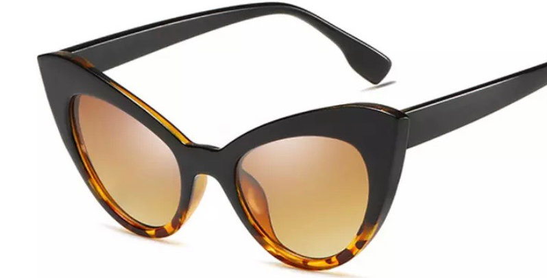 Oversized Cats Eye Sunglasses - Graduated Black and Tortoiseshell