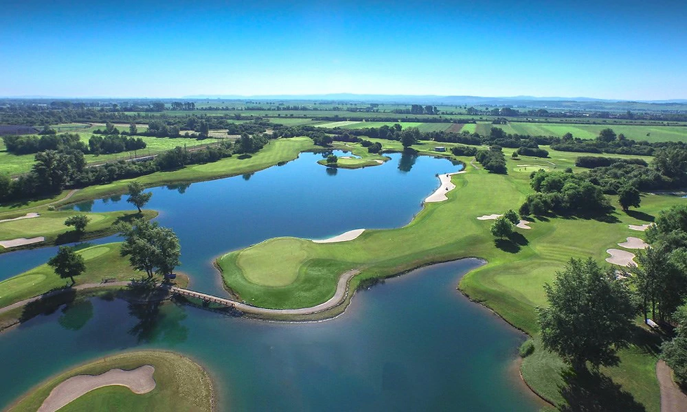 Golf_Diamond_Course_Diamond_Country_Club