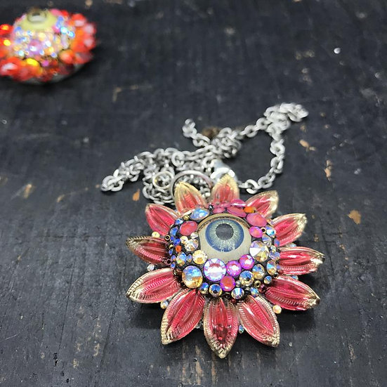 Eye Flower Pendant Necklace