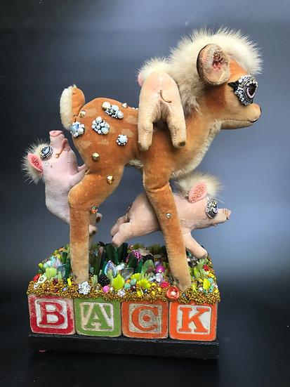 PIG E BACK