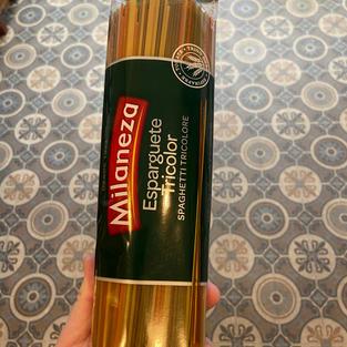 Esparguete Tricolor