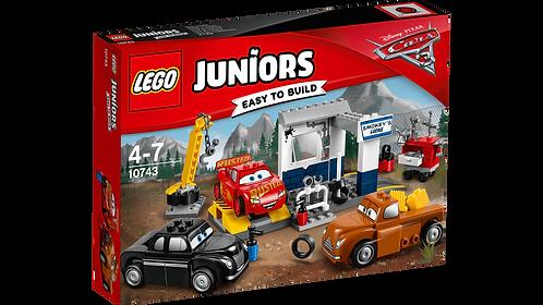 LEGO 10743 JUNIORS - Smokey's Garage