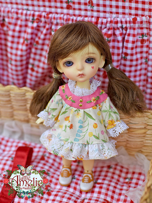 Patterns and English Instructions of Vintage dress for Lati Yelow
