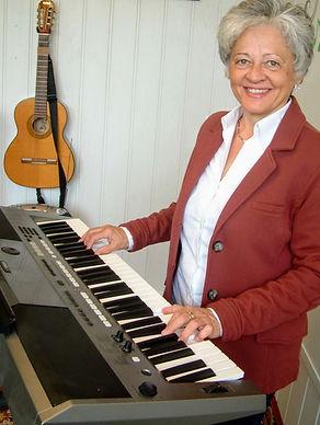 Musikunterricht Elfriede Marxreiter Parkstetten (Straubing-Bogen) Gitarre