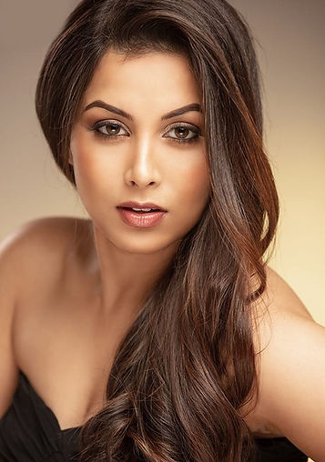 Modeling Picture - Akshata - head shot_e