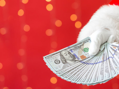 How to Make Extra Money for the Holidays with a Seasonal Job