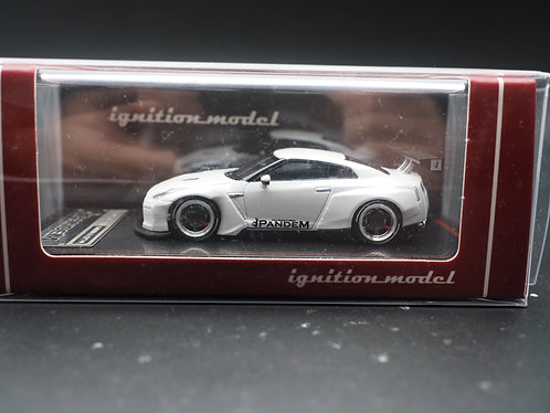 ignition model IG Model 1/64 PANDEM NISSAN GTR R35 White
