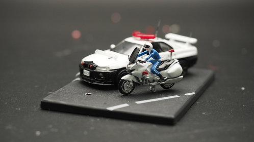 FigureWorkShop 1/64 Figures Japan Police with Bike  2Pcs SetB FWS164140