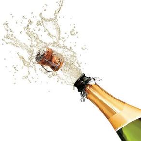 """""""Războiul șampaniei"""" între Franța și Rusia. Putin: Doar vinul efervescent produs în Rusia e șampanie"""