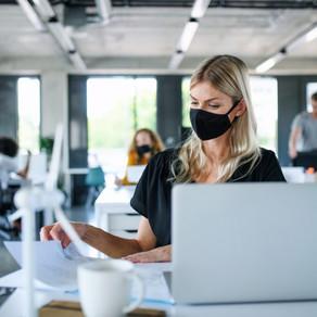 Vom mai purta masca la birou, dacă toți colegii sunt vaccinați?