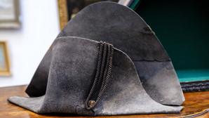 O pălărie a lui Napoleon va fi scoasă la licitație