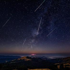 Spectacol cu stele căzătoare, observabil și în România/Video