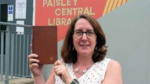 Carte returnată la bibliotecă după 50 de ani