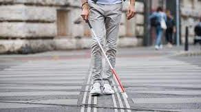 Bastoane smart We Walk pentru nevazatori