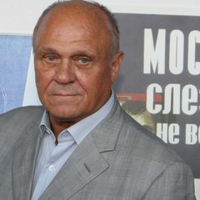"""Viața de film a regizorului peliculei """"Moscova nu crede în lacrimi"""", care a murit de COVID"""