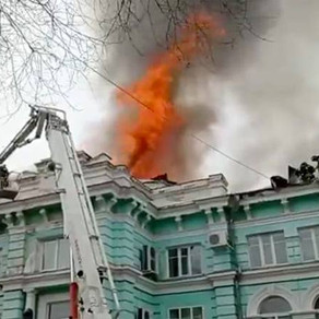 Au continuat operația pe cord deschis, desi spitalul fusese cuprins de flăcări