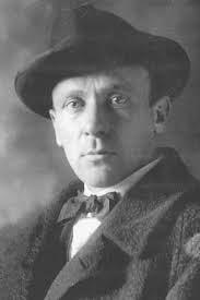 Mihail Bulgakov - un destin și o operă marcate de satiră, fantastic și tragism